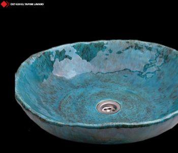 Metalik renkli porselen lavabolar