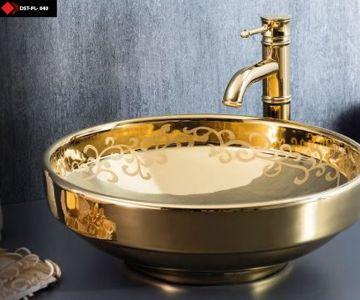 İşlemeli Altın rengi seramik lavabo