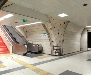 İstanbul Metro taş uygulamaları
